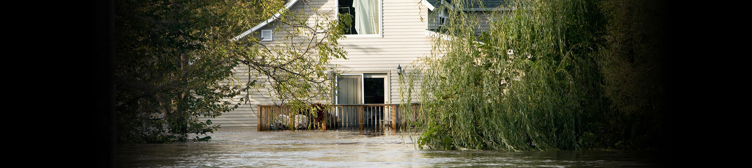 Water & Flood Damage Removal Services in Paul Davis Restoration of Clarksville and Hopkinsville KY